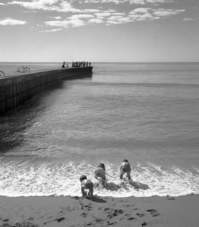 Tres piojitos. Escollera de Mar Del Plata - 1957